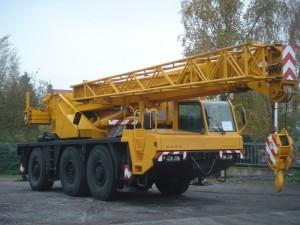 Used-Mobile-Crane-Tadano-Faun-RTF-40